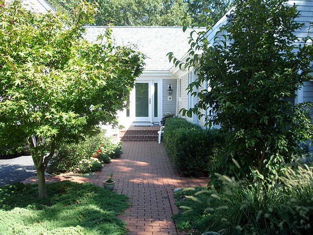 7 front walkway summer view